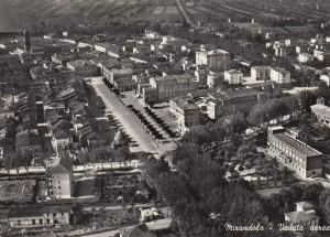 1958-Mirandola-veduta-aerea-