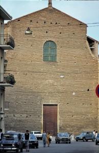 1985-Mirandola-Chiesa-del-Gesù-gent.conc_.Gisberto-Pollastri-FILEminimizer
