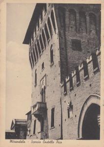 4Mirandola-scorcio-Castello-Pico-gent.conc_.Franco-Chiosi