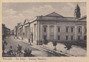 7Mirandola-via-Fenice-Caserma-Mussolini-gent.conc_.Franco-Chiosi