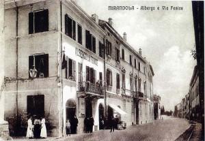 Albergo-e-via-Fenice