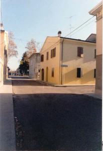 Angolo-via-Quartieri-dopo-il-restauro-1999