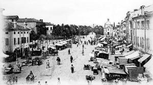Mercato-in-piazza