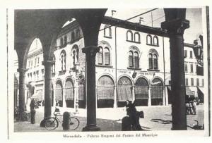 Palazzo-Bergomi-dal-portico-del-Municipio