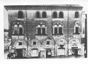 Palazzo-Bergomi-prima-dellapertura-dei-portici