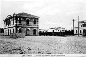 Stazione-tramvie-elettriche-Mirandola-Modena