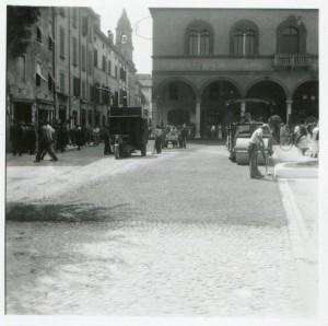 Anni-50-Asfaltatura-gent.conc_.-Marco-Mascherini