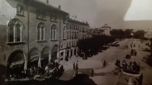 1950-Piazza-Costituente-Gent.conc_.-Marina-Rosmini