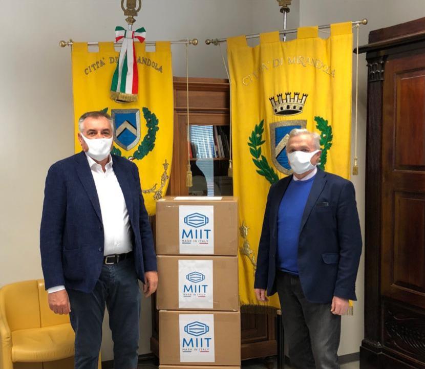 Claudio_Gandolfi_con_sindaco_Alberto_Greco