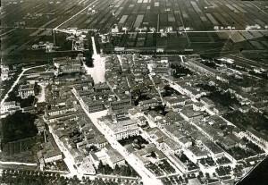 1932-Mirandola-vista-dallalto