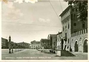 Mirandola-Piazza-Vittorio-Emanuele-Gent.conc_.-Roberto-Neri