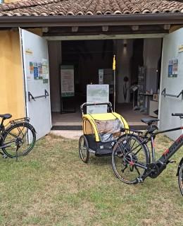 Mirandola_Barchessone_Vecchio_e_bike1
